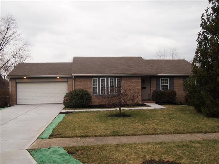 real estate photo 1 for 303 Center Park Dr Florence, KY 41042