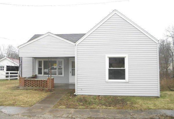 real estate photo 1 for 229 W Seminary St Owenton, KY 40359
