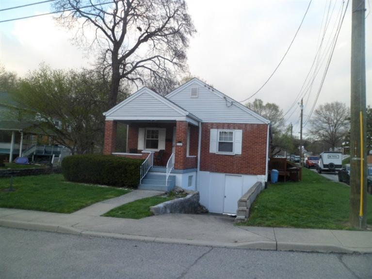 real estate photo 1 for 2115 Joyce Ave Newport, KY 41071