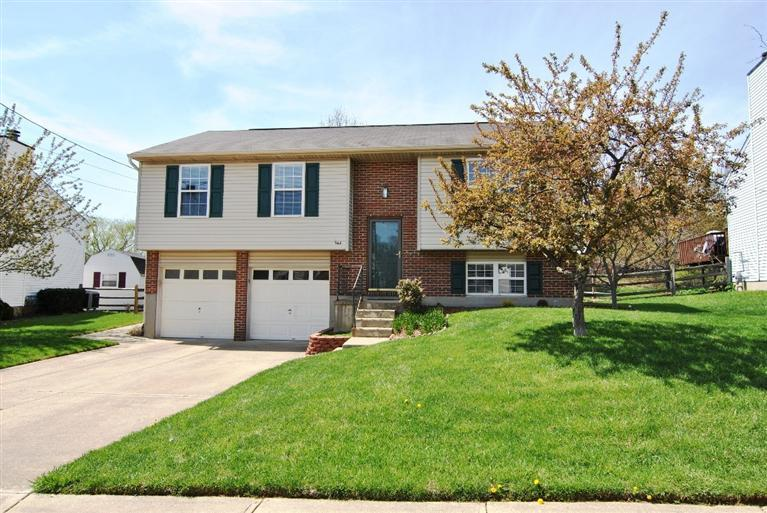 real estate photo 1 for 144 Meadow Creek Dr Florence, KY 41042