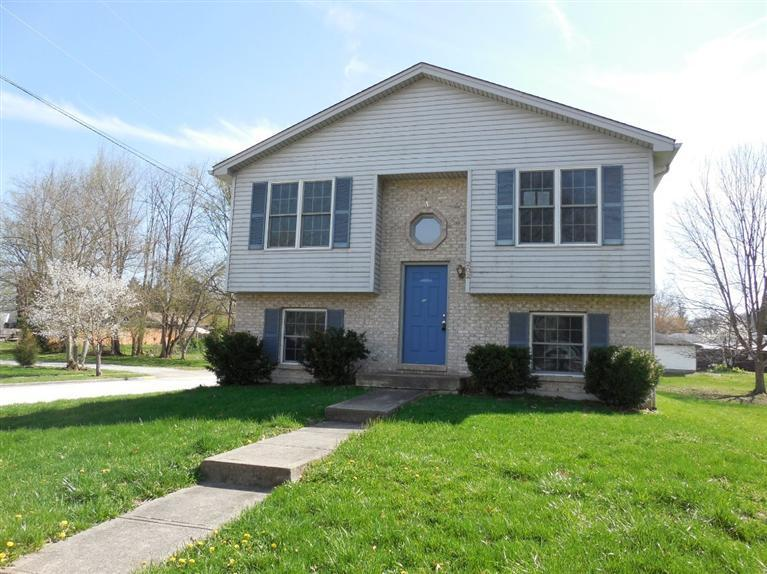 real estate photo 1 for 202 W 3rd Silver Grove, KY 41085