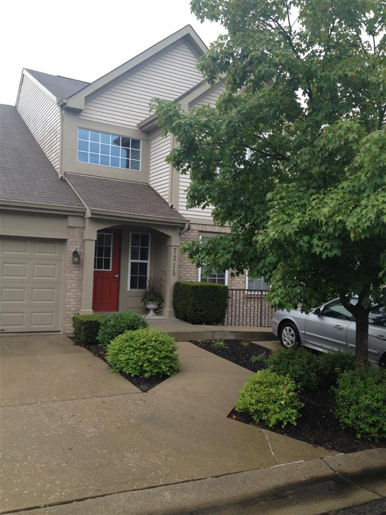 real estate photo 1 for 7315 Centrecrest Ln, A Florence, KY 41042