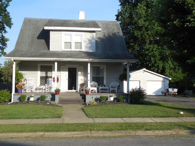 real estate photo 1 for 400 Liberty St Falmouth, KY 41040