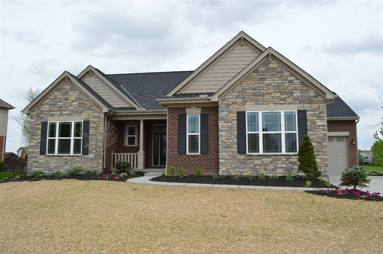 real estate photo 1 for 6768 Edgewood Dr, 76AW Burlington, KY 41005