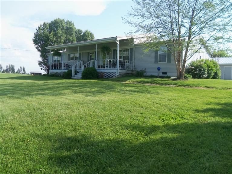 real estate photo 1 for 1198 Lenoxburg-Foster Rd Foster, KY 41943