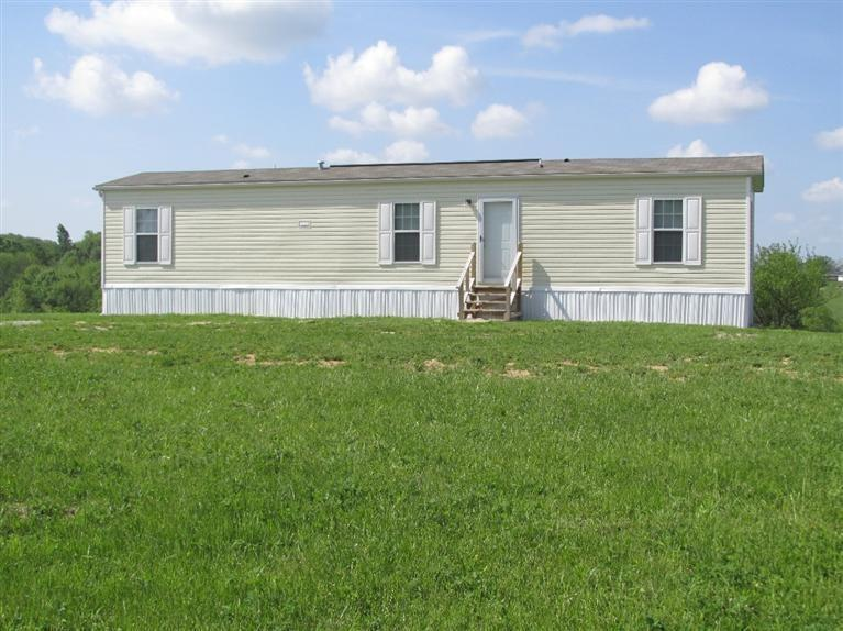 real estate photo 1 for 613 Mt Carmel Rd Williamstown, KY 41097