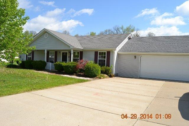 real estate photo 1 for 119 Greenbriar Dr Carrollton, KY 41008