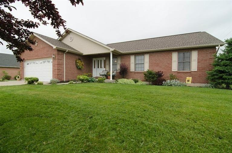 real estate photo 1 for 205 Claiborne Dr Dry Ridge, KY 41035