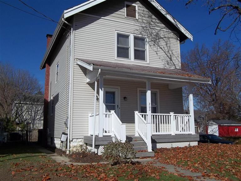 real estate photo 1 for 202 W 32nd St Covington, KY 41015
