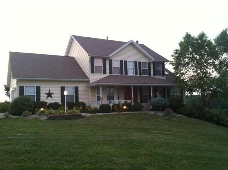 real estate photo 1 for 301 Fairview Rd Williamstown, KY 41097