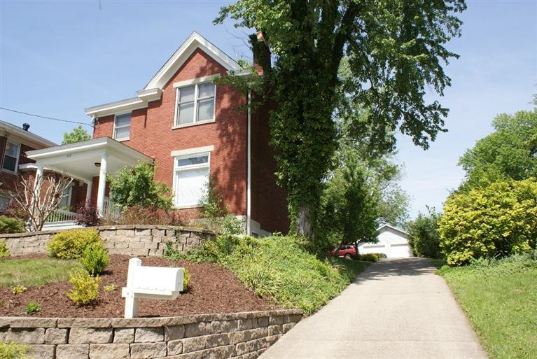 real estate photo 1 for 612 S Grand Ave Fort Thomas, KY 41075