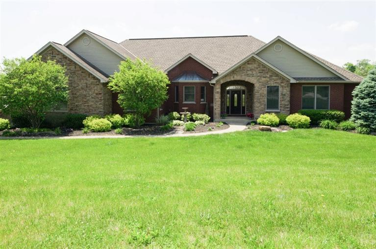 real estate photo 1 for 8626 Roth Farm Ln Alexandria, KY 41001