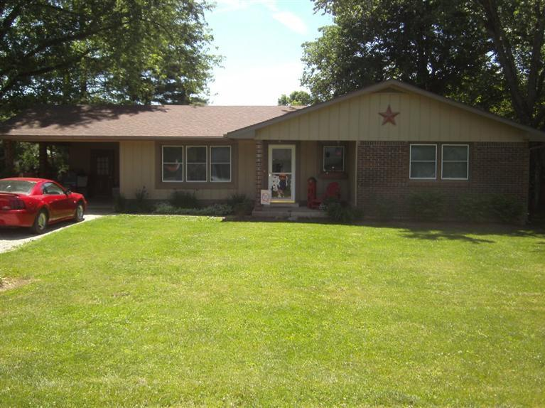 real estate photo 1 for 101 Hendrix Ave Warsaw, KY 41095