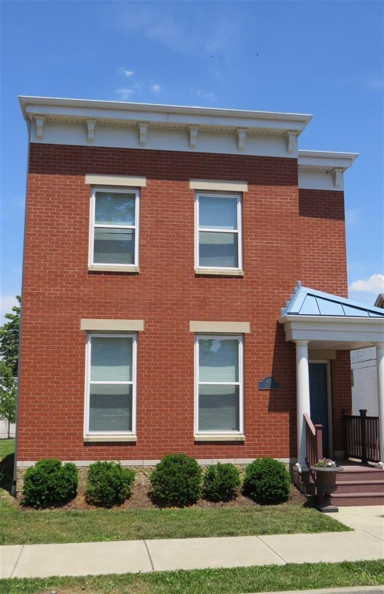 real estate photo 1 for 635 Saratoga St Newport, KY 41071