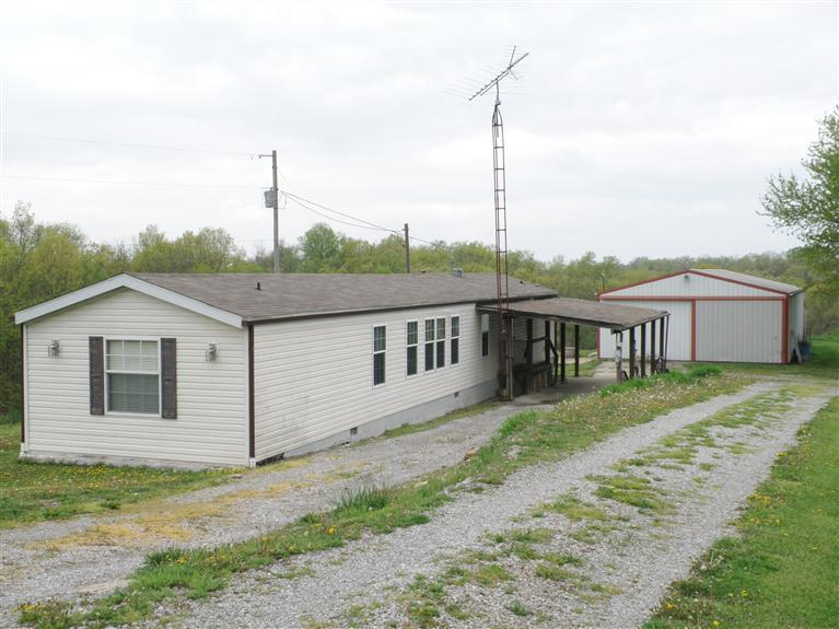 real estate photo 1 for 360 Leaning Oak Rd Corinth, KY 41010