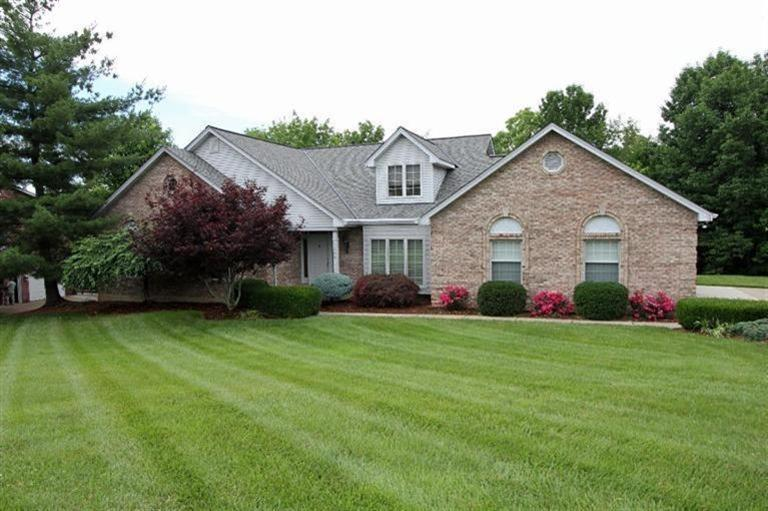 real estate photo 1 for 1506 Coppercreek Florence, KY 41042