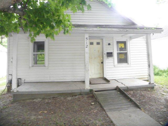 real estate photo 1 for 512 Montjoy St Falmouth, KY 41040