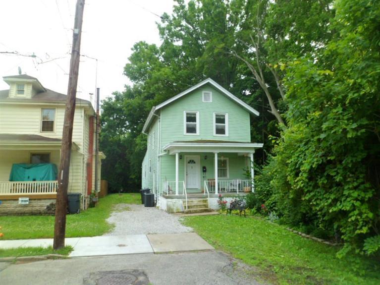 411 Auburn St