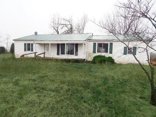 real estate photo 1 for 2505 Stone School House Rd Williamstown, KY 41097