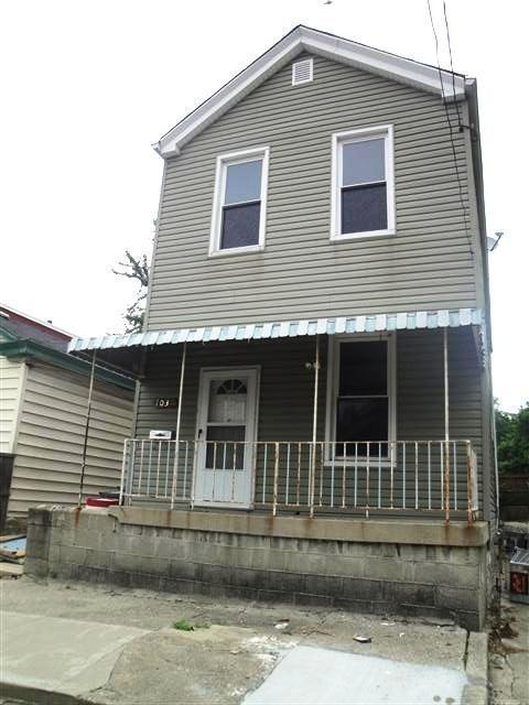 real estate photo 1 for 1037 Hamlet St Newport, KY 41071