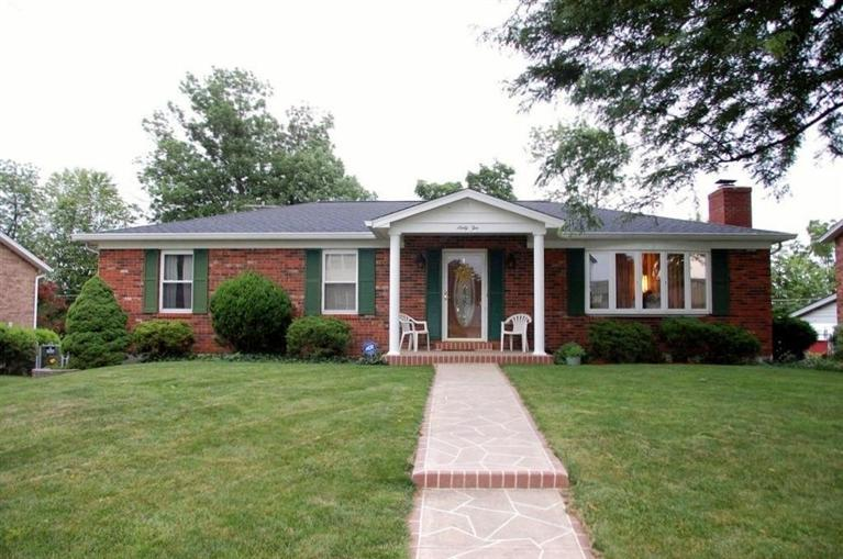 real estate photo 1 for 62 Achates Dr Florence, KY 41042