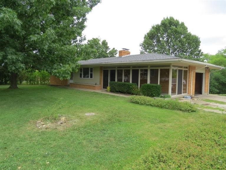 real estate photo 1 for 5371 Skyline Dr Highland Heights, KY 41076