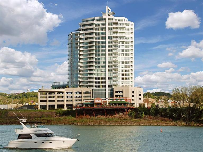 400 Riverboat Row, 1405