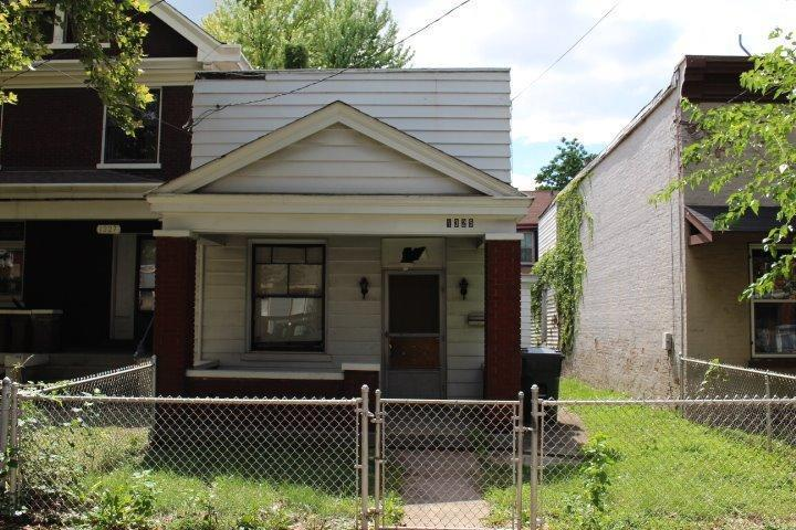 real estate photo 1 for 1325 Greenup St Covington, KY 41011