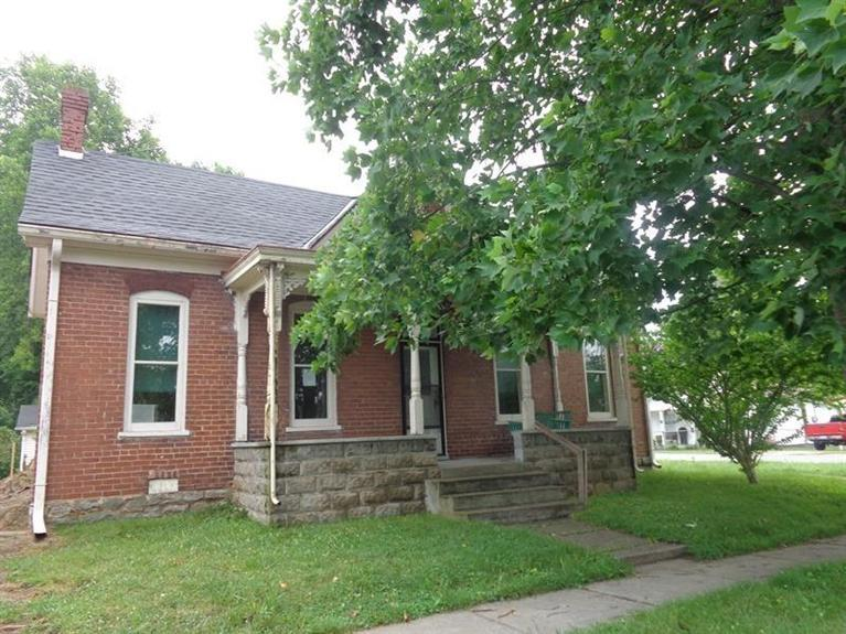 real estate photo 1 for 723 7th St Carrollton, KY 41008