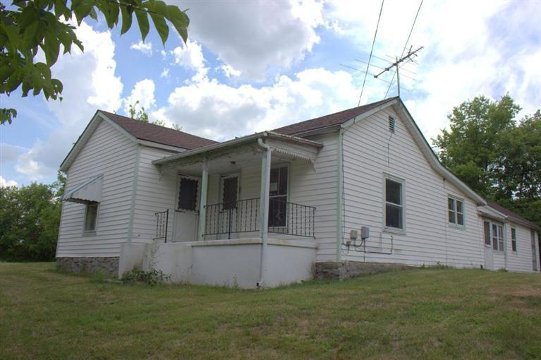 real estate photo 1 for 8585 Dixie HWY Williamstown, KY 41097