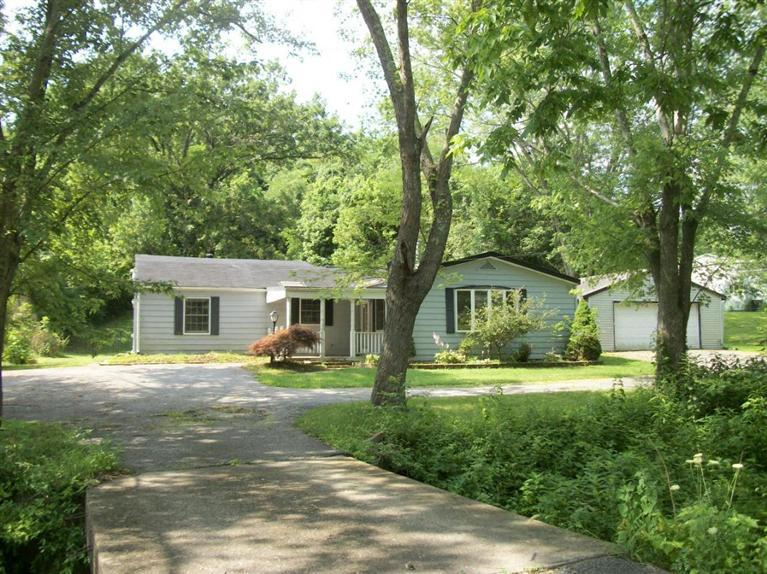real estate photo 1 for 3057 Uhl Rd Melbourne, KY 41059