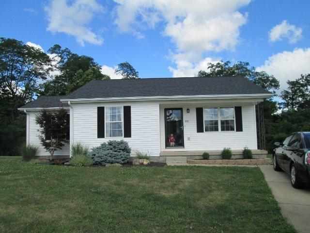 real estate photo 1 for 304 Cathy Ct Walton, KY 41094