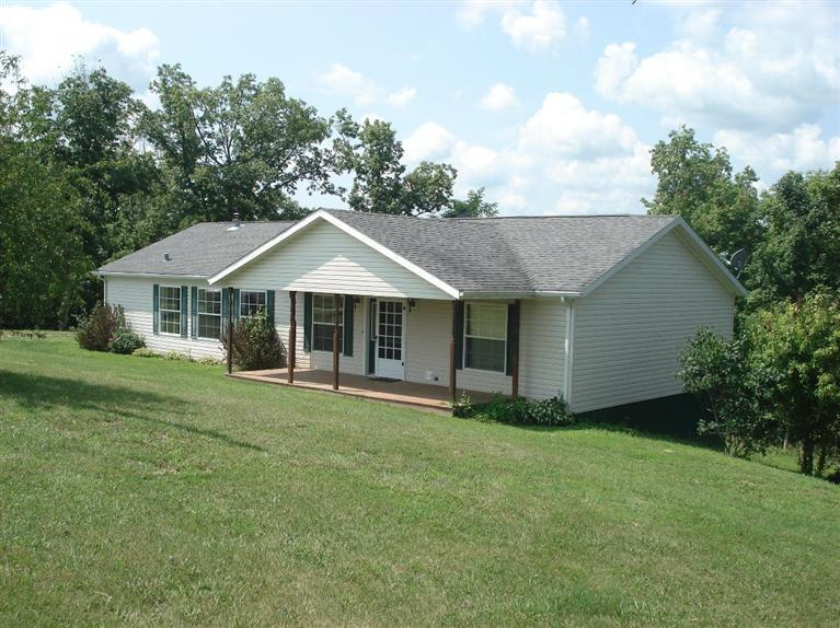 real estate photo 1 for 717 Eureka Rd Berry, KY 41003