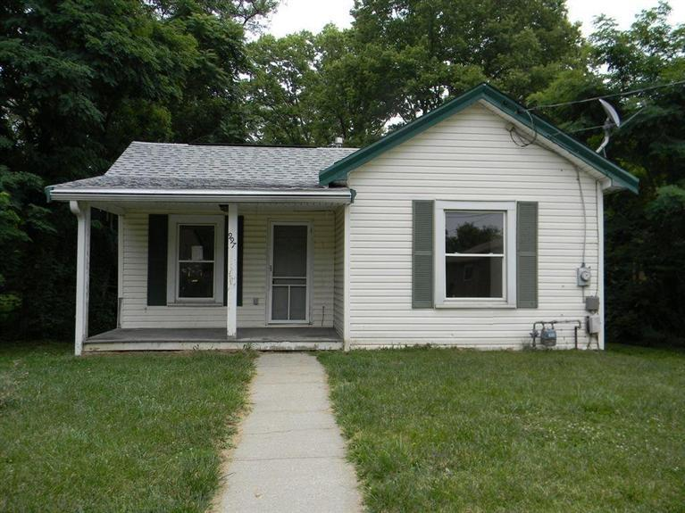 real estate photo 1 for 997 Capitol Ave Elsmere, KY 41018