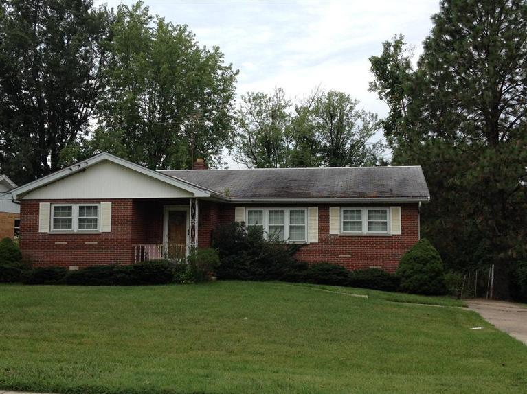 real estate photo 1 for 15 Wallace Ave Florence, KY 41042