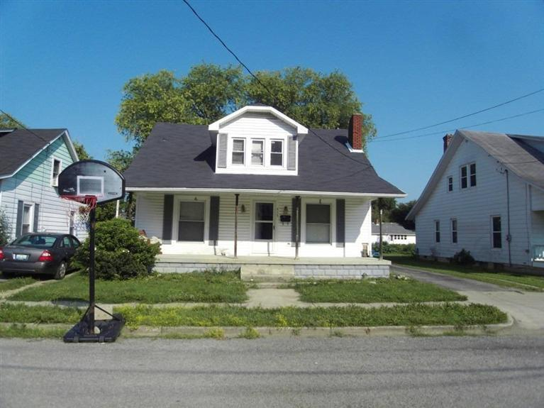 real estate photo 1 for 415 Liberty St Falmouth, KY 41040