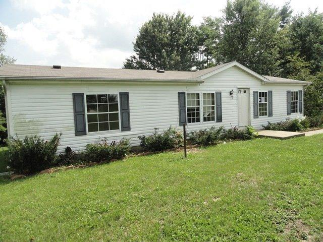 real estate photo 1 for 15829 Belmont Dr Crittenden, KY 41030