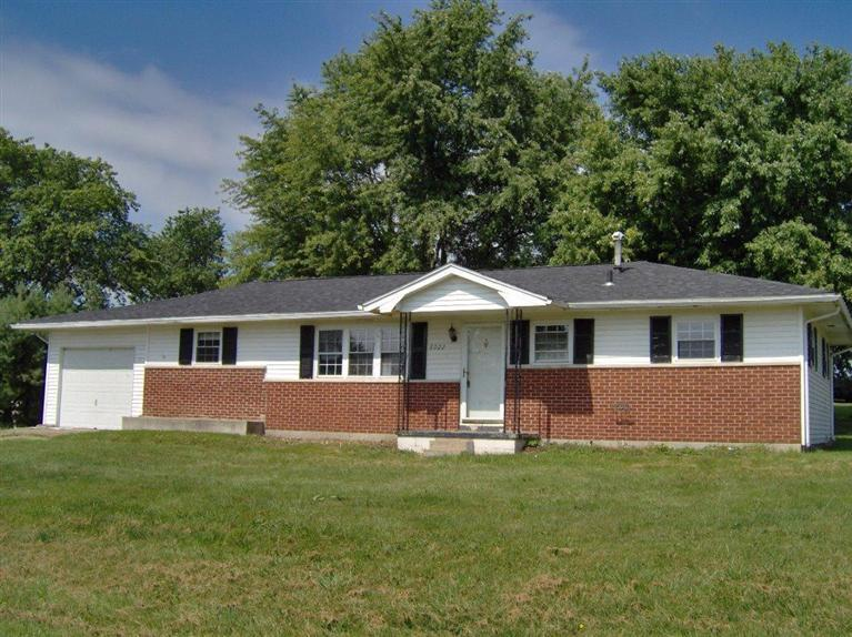 real estate photo 1 for 8022 Colliver Dr Maysville, KY 41056