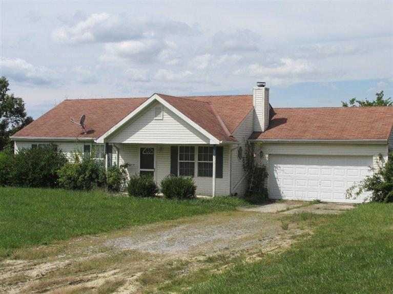 real estate photo 1 for 296 Lahner Ln Falmouth, KY 41040