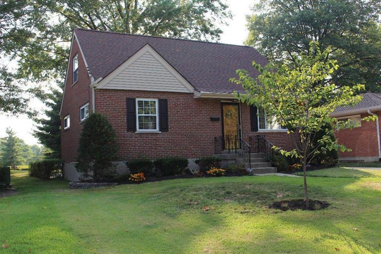real estate photo 1 for 49 Carran Dr Lakeside Park, KY 41017