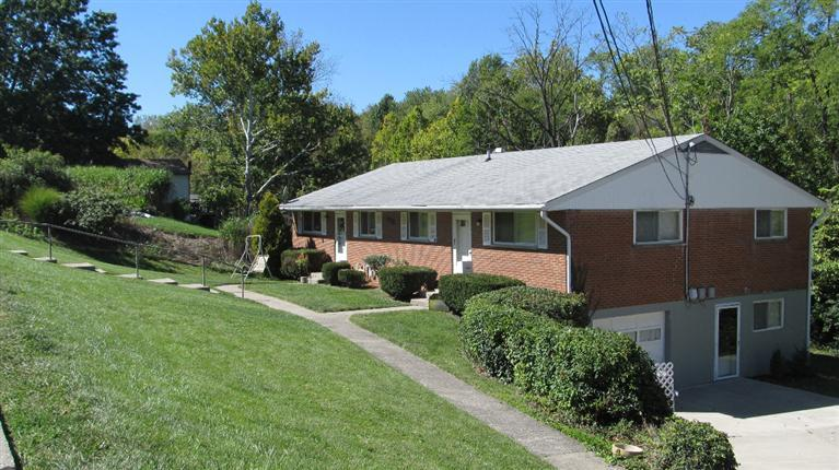 real estate photo 1 for 14 Viewpoint Dr Alexandria, KY 41001