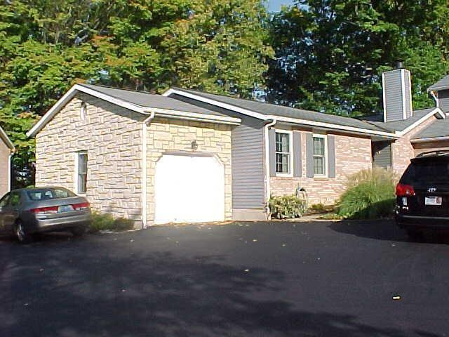 real estate photo 1 for 1034 Parkcrest Ln Park Hills, KY 41011