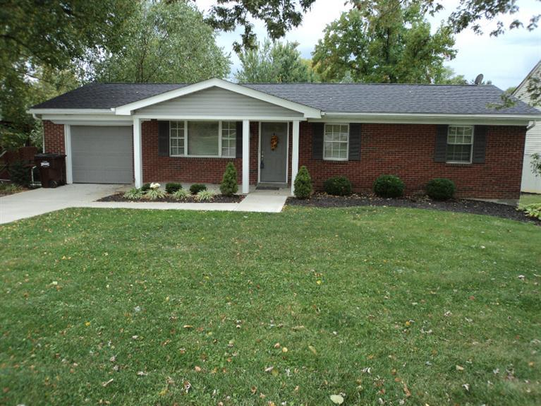 real estate photo 1 for 10131 Breezy Ln Florence, KY 41042