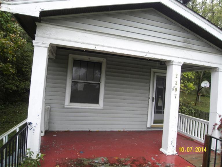 real estate photo 1 for 2307 Center St Covington, KY 41014