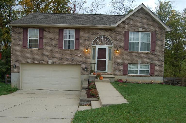 real estate photo 1 for 244 Fairway Dr Dry Ridge, KY 41035