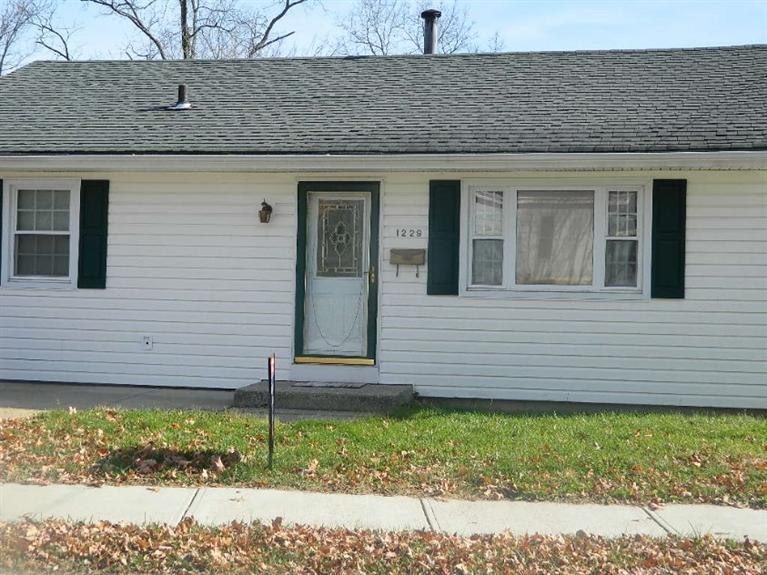 real estate photo 1 for 1229 Central Row Rd Elsmere, KY 41018