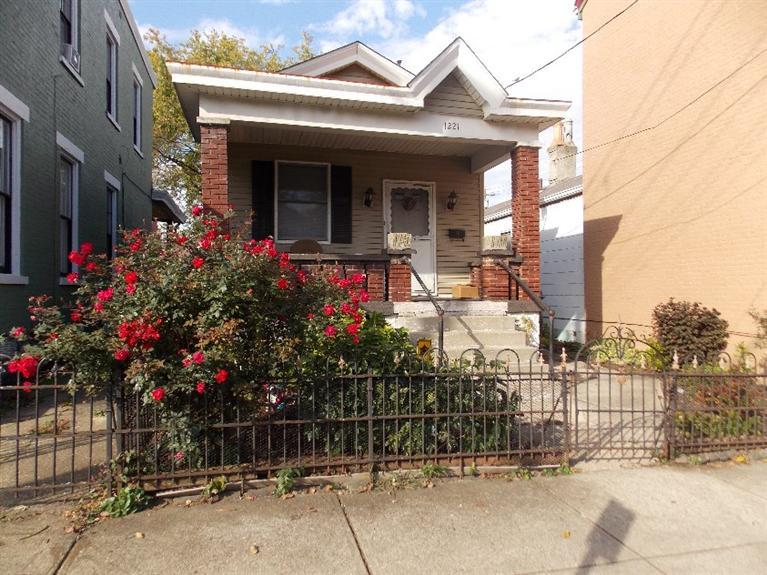 real estate photo 1 for 1221 Holman Ave Covington, KY 41011