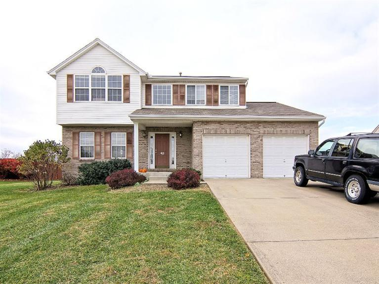 real estate photo 1 for 4810 Cornell Dr Burlington, KY 41005