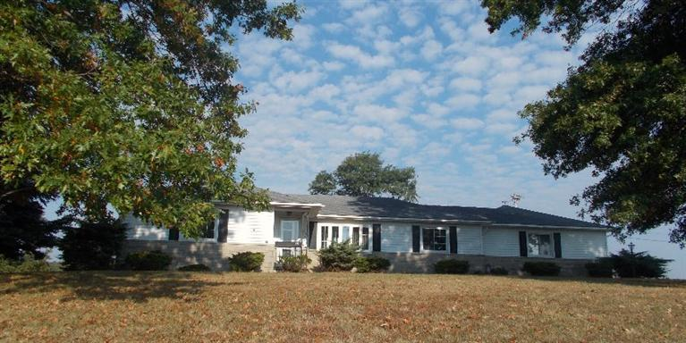 real estate photo 1 for 332 Wagel Rd Brooksville, KY 41004