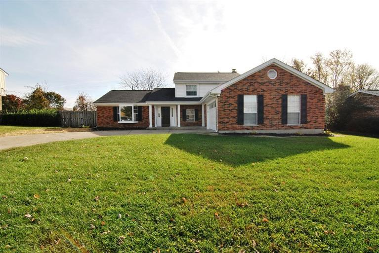 real estate photo 1 for 216 Buckingham Dr Florence, KY 41042